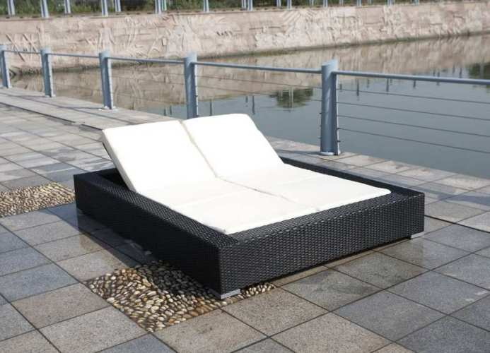 artelia order your rattan double lounger now free uk. Black Bedroom Furniture Sets. Home Design Ideas